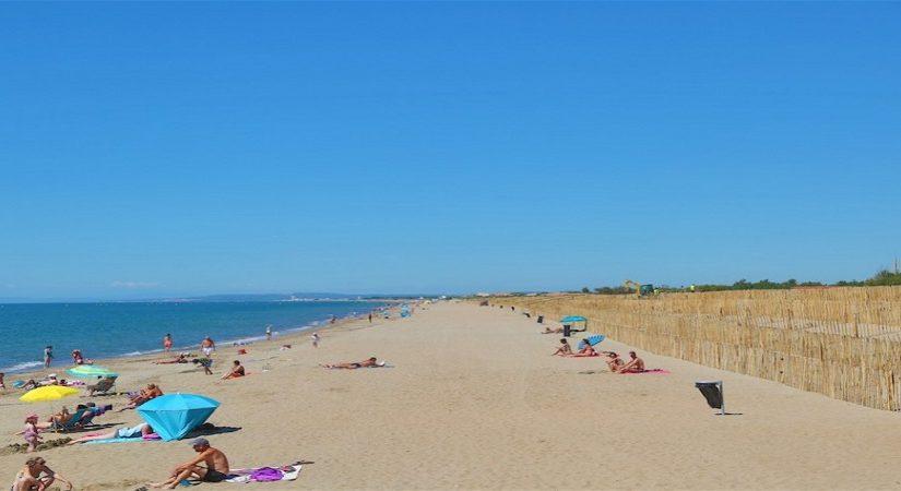 Avec sa plage, Vias assure des vacances pas chères